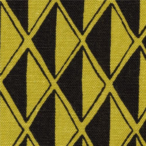 green black Robert Kaufman triangle diamond linen cotton fabric Arroyo Essex