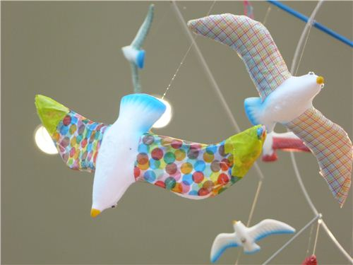 A great and simple idea: embellish mobiles with Washi tape